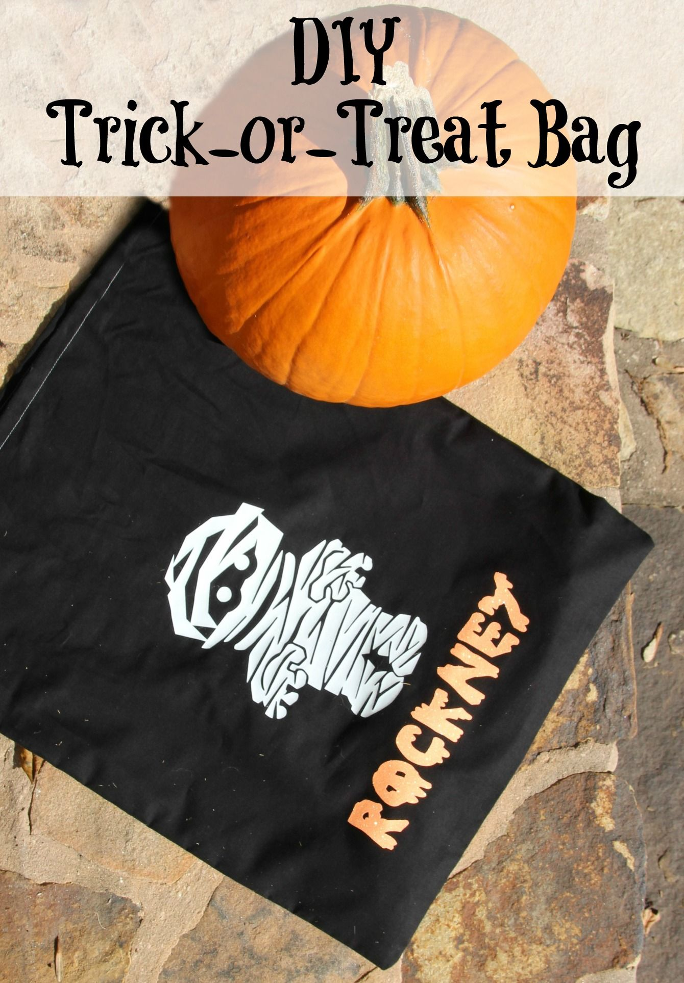 Make this DIY Trick or Treat bag that takes a simple pillowcase to something much more & Make this DIY Trick or Treat bag that takes a simple pillowcase to ... pillowsntoast.com