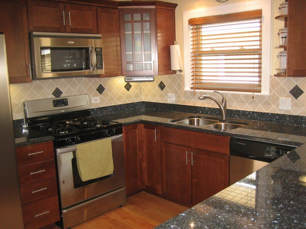 Maks Maintenance And General Construction Inc Schaumburg Il General Construction Home Kitchens Cherry Cabinets