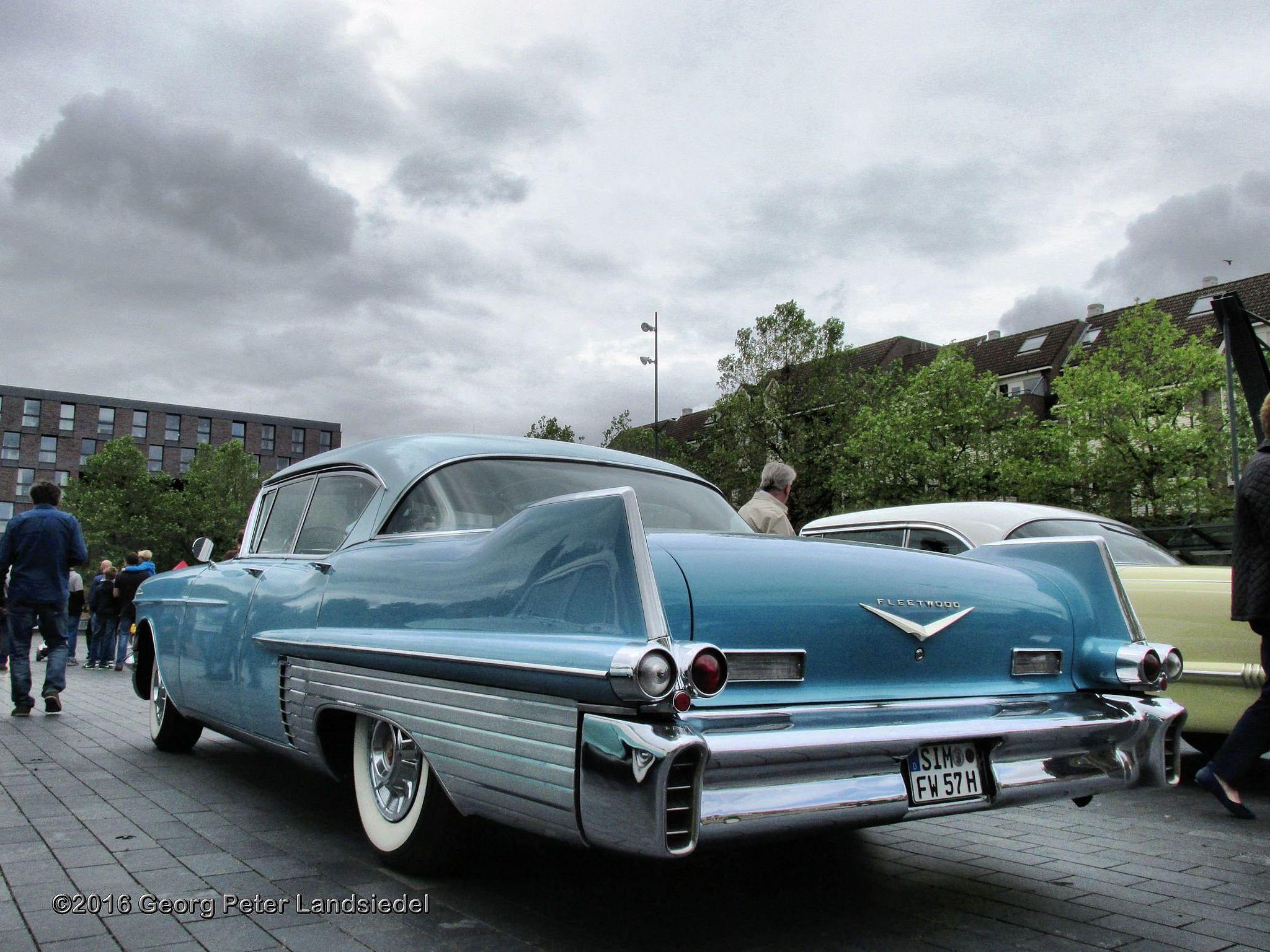 Cadillac Fleetwood 1957