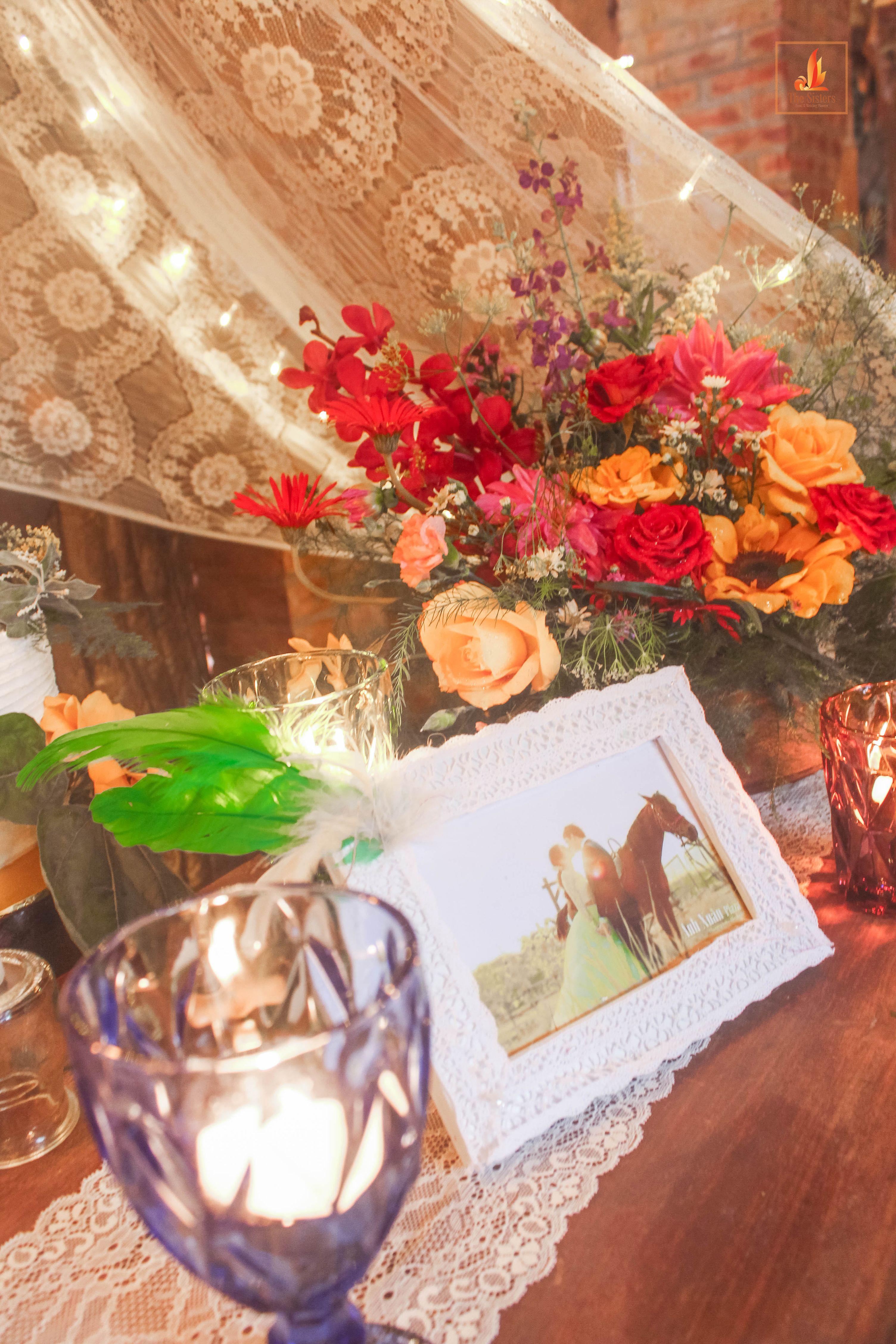 Bohemian wedding in hanoi vietnam wedding planner the sisters bohemian wedding in hanoi vietnam wedding planner the sisters wedding decoration team kwai junglespirit Gallery