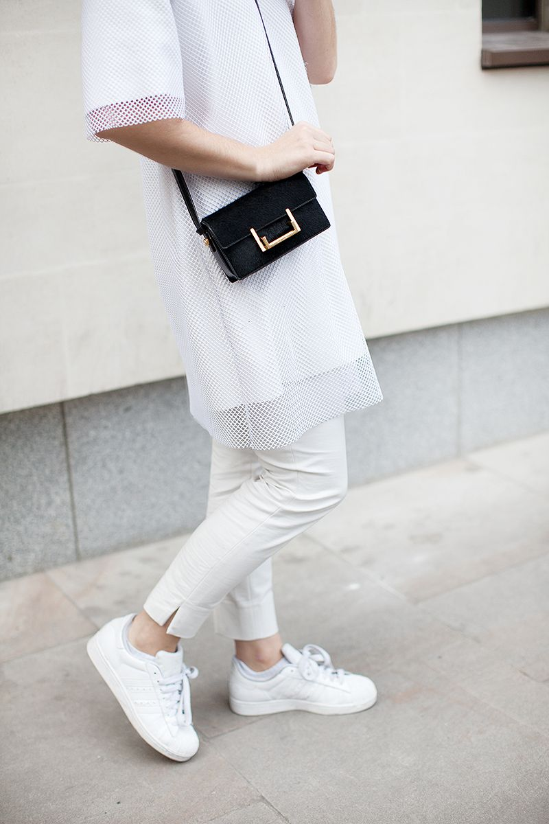 adidas superstar all white outfit