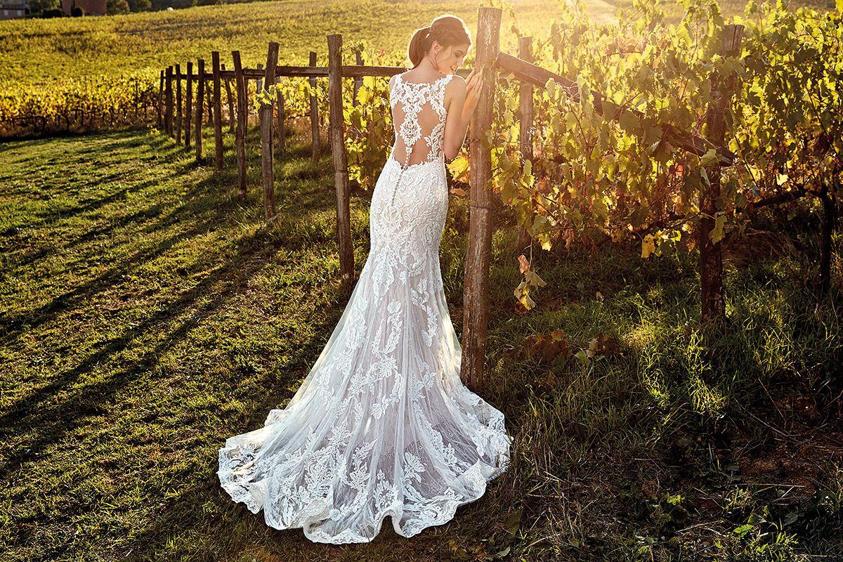 Wedding dresses stores  Wedding Dress EK in stores late April   Bridal gowns