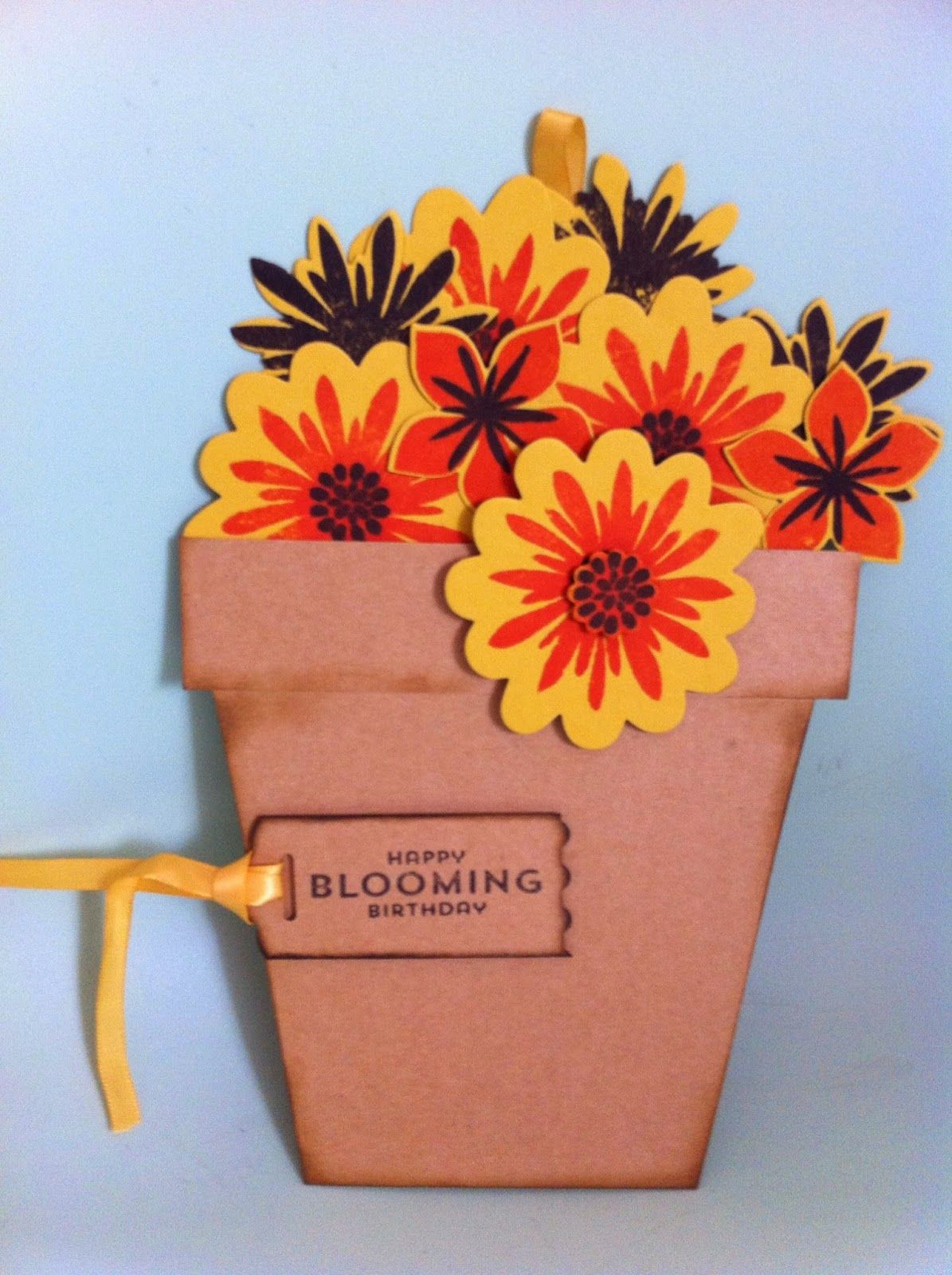 Stampin'  Silly Style: Bloempotkaart one slide card met Flower Patch