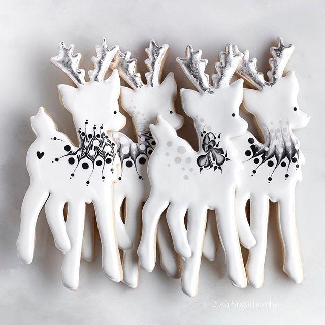Gorgeous Little Reindeer Cookies Christmas Cookies Decorated Christmas Sugar Cookies Reindeer Cookies
