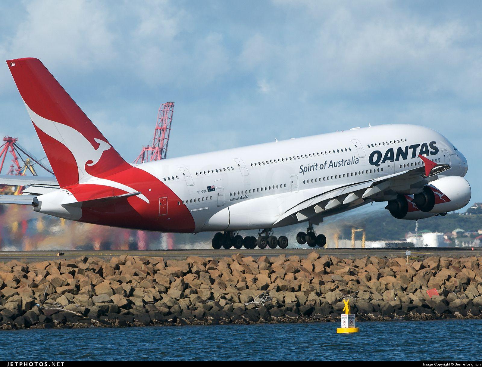 Qantas Marketing Mix