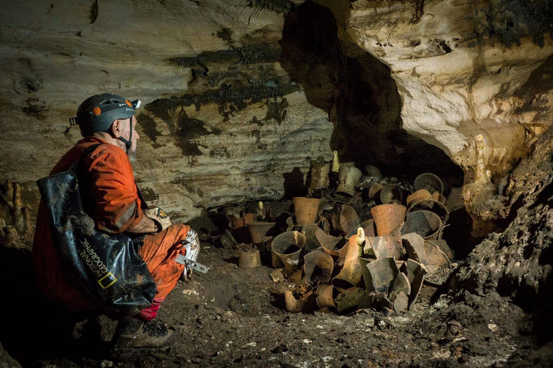 Maya Ritual Cave Untouched For 1 000 Years Stuns
