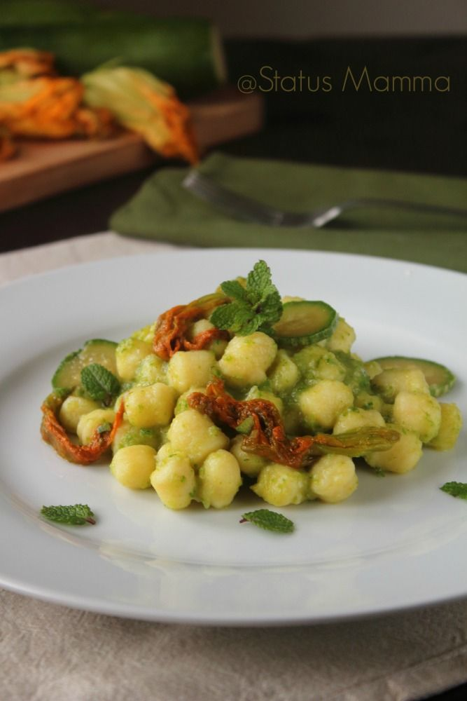 Chicche di patate in crema di zucchine al profumo di menta for Cucinare vegetariano