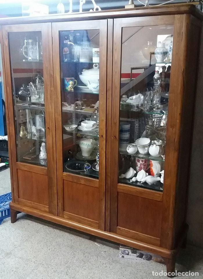 Mueble vitrina madera a os 50 pinterest mueble vitrina for Mueble vitrina