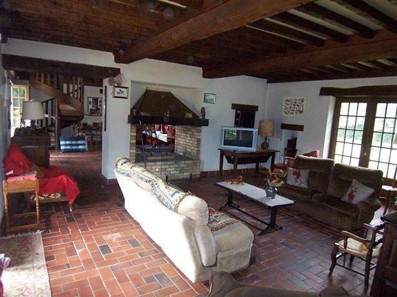 ancienne ferme bressane 6 7 pi ces d pendances de 200. Black Bedroom Furniture Sets. Home Design Ideas