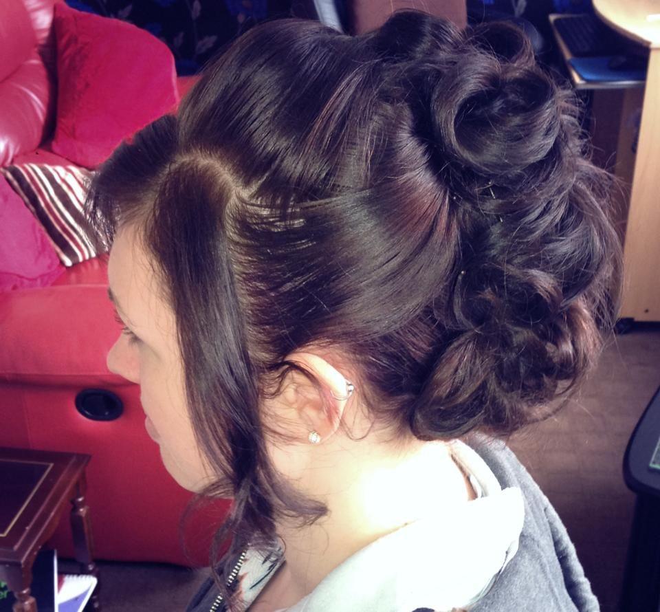 Curled mohawk updo style hair heaven pinterest mohawk updo