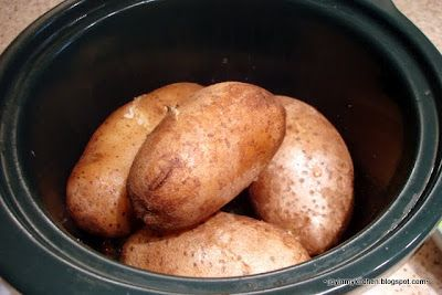 How to bake potatoes in a crock pot!