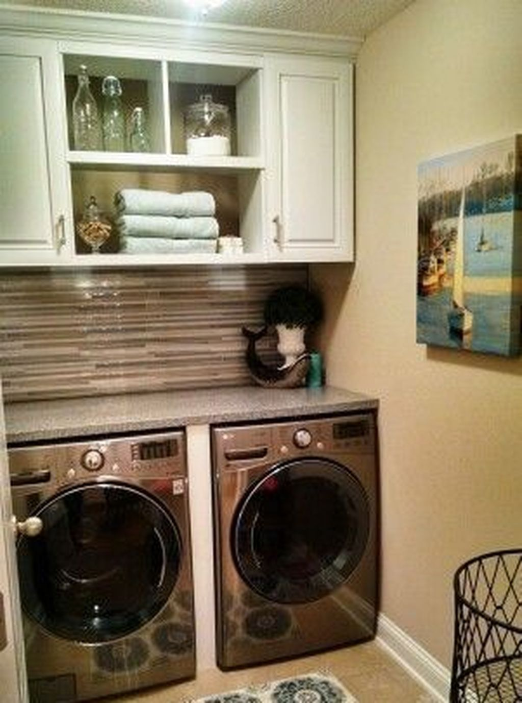 33 Minimalist Small Laundry Room Design And Decor Ideas | Home
