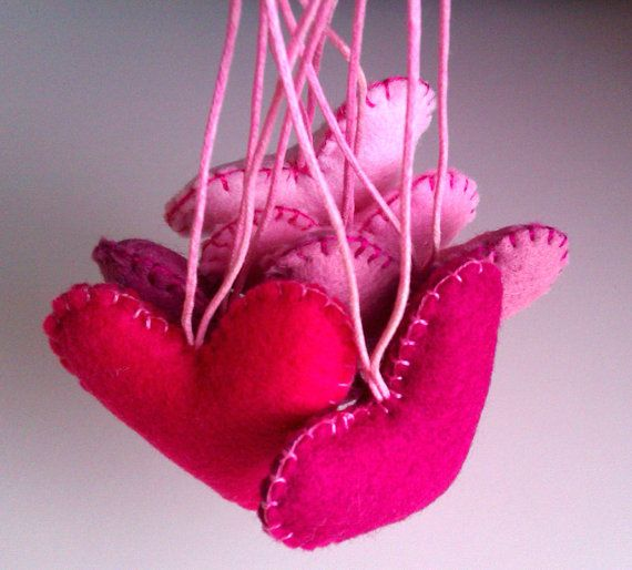 Valentine Hearts Decorations   Pink shades  Set of by KoalitaCraft, £7.50