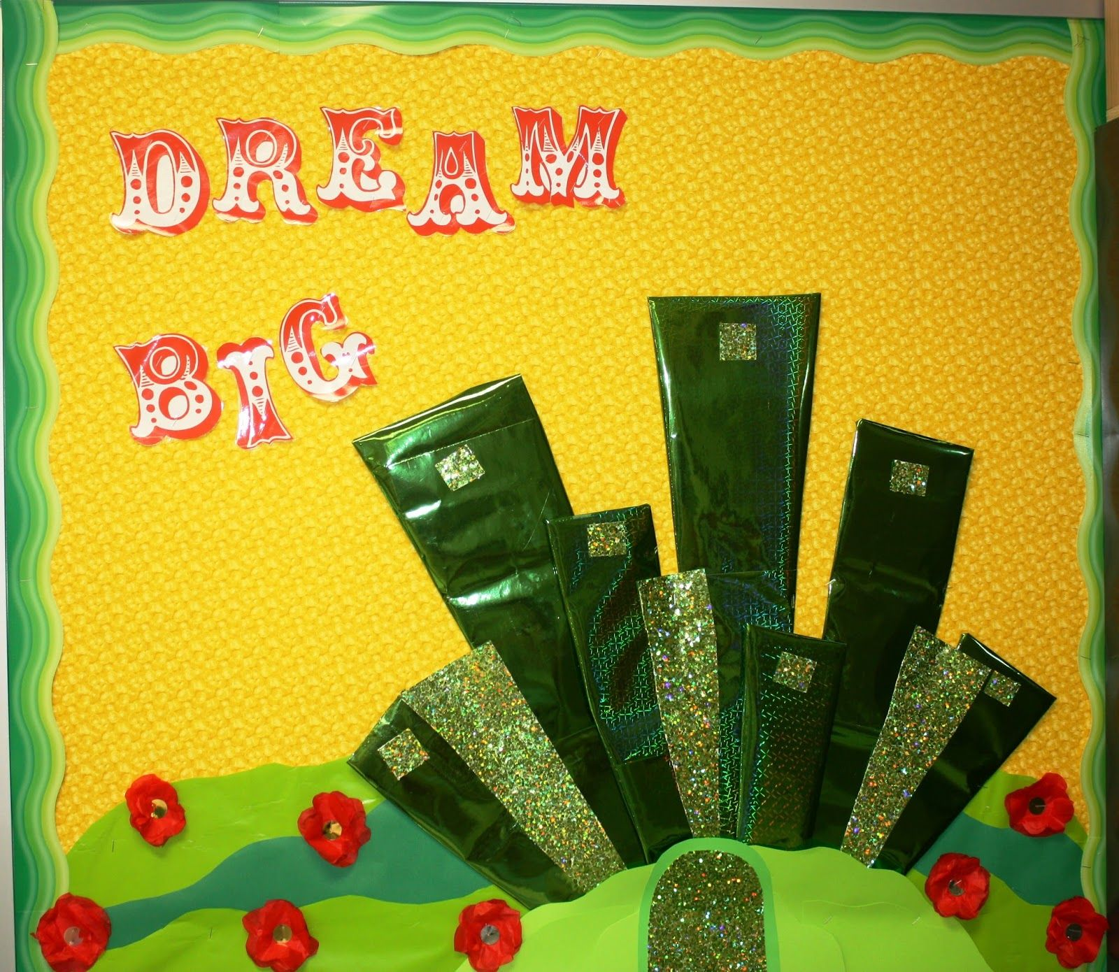 Here\'s my Wizard of Oz themed door. I saw the \