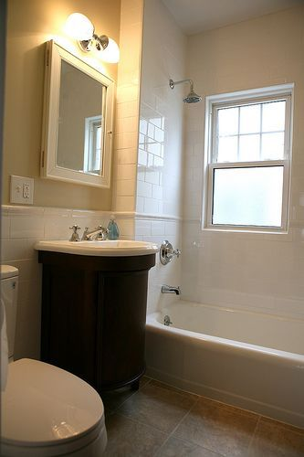 Small Bathroom Remodeling Tips  Like The Color Scheme In This Pic And The  Floor