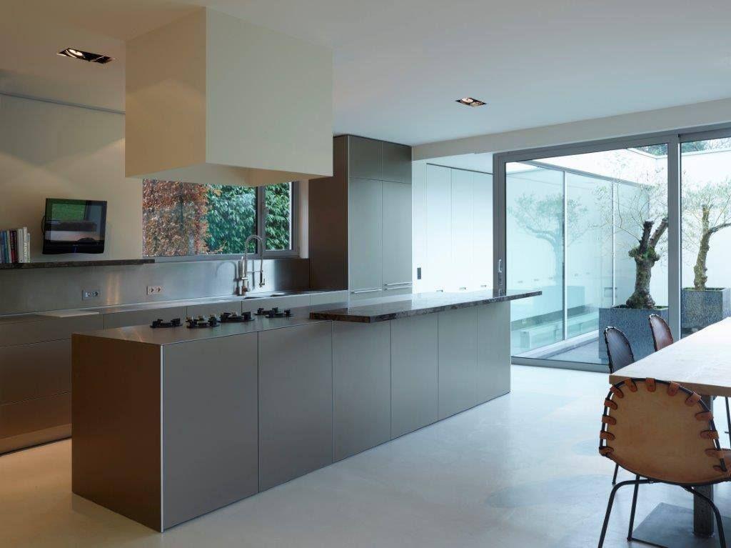 Bulthaup B3 Keuken : Bulthaup b keuken combinatie van aluminum en café au lait