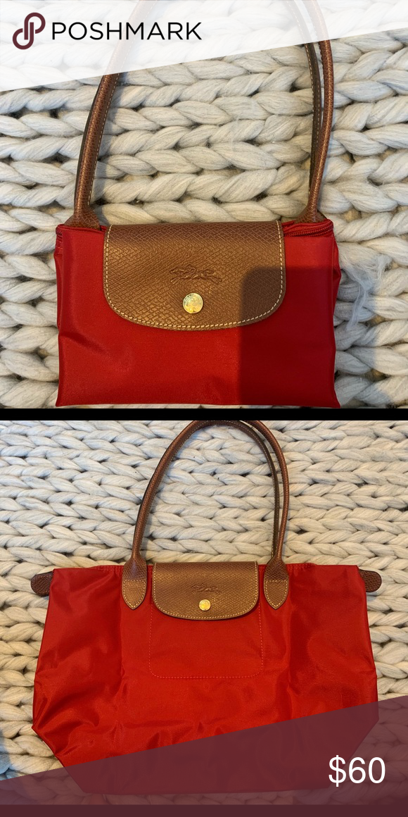 22da12cc6a7 Longchamp purse Red medium size longchamp zip purse Longchamp Bags Shoulder  Bags