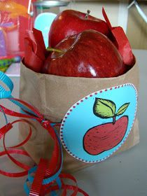 tHe fiCkLe piCkLe: Teacher Appreciation Gifts
