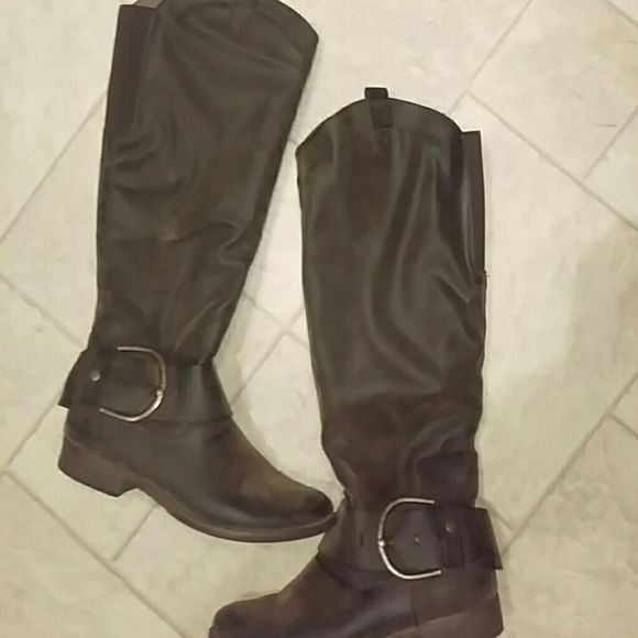 SOLD!!!!! NOT FOR SALE Dark brown riding boots Dark brown riding boots (distressed look) perfect condition- worn lightly) worn 10 times Natalie Boots  Shoes Winter & Rain Boots