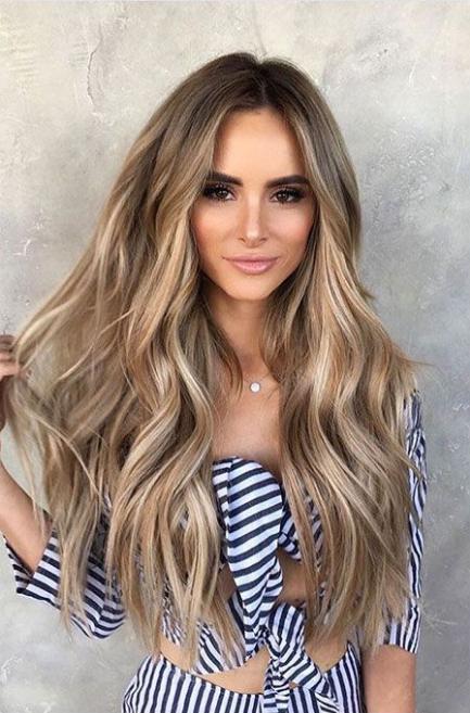 41 Frisur Lange Haare Wellen Blonde Gewellte Haare Wellen Haare Blonde Haare
