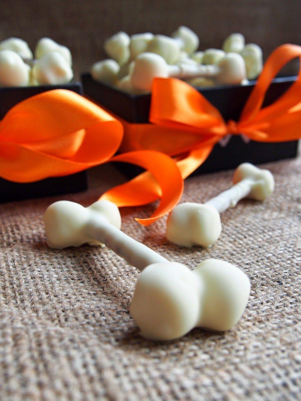Halloween white chocolate bones Dr. Sugar