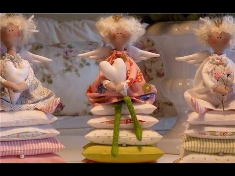 ▶ Кукла Тильда. Принцесса на горошине. Мастер-класс. - YouTube....(cute! and with a free pattern!)....
