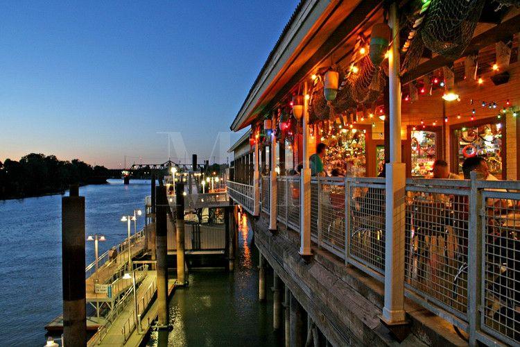 Joe S Crab Shack Restaurant In Old Sacramento