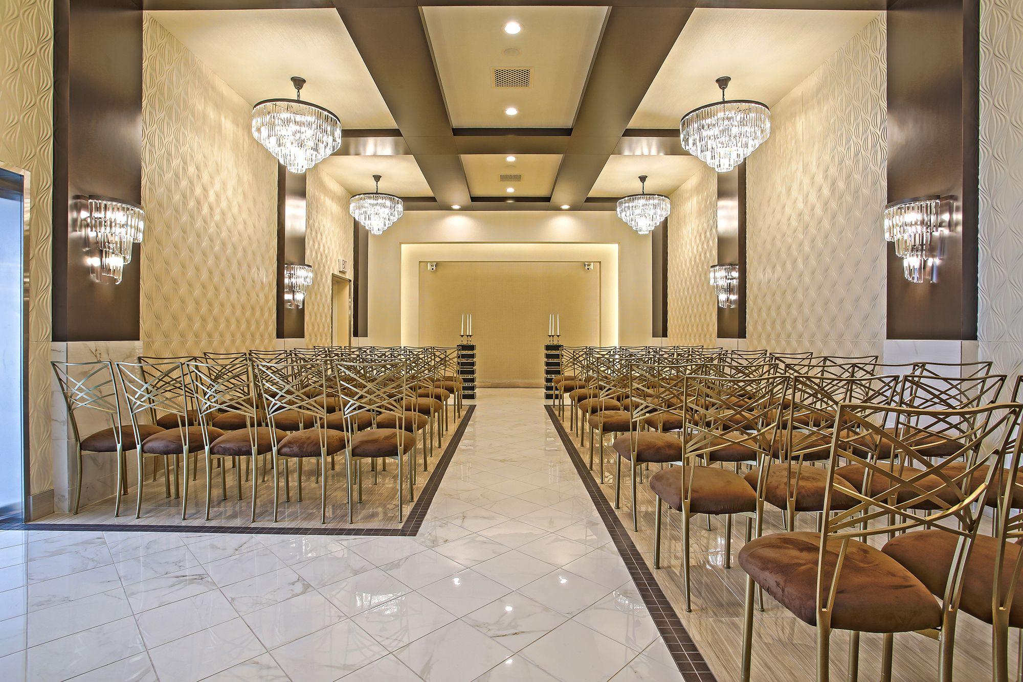 Modern Chic wedding chapel in Las Vegas. Affordable Las