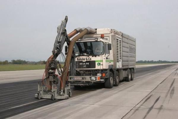 Removing runway tire rubber An important task Special equipment - reddy k chen frankfurt