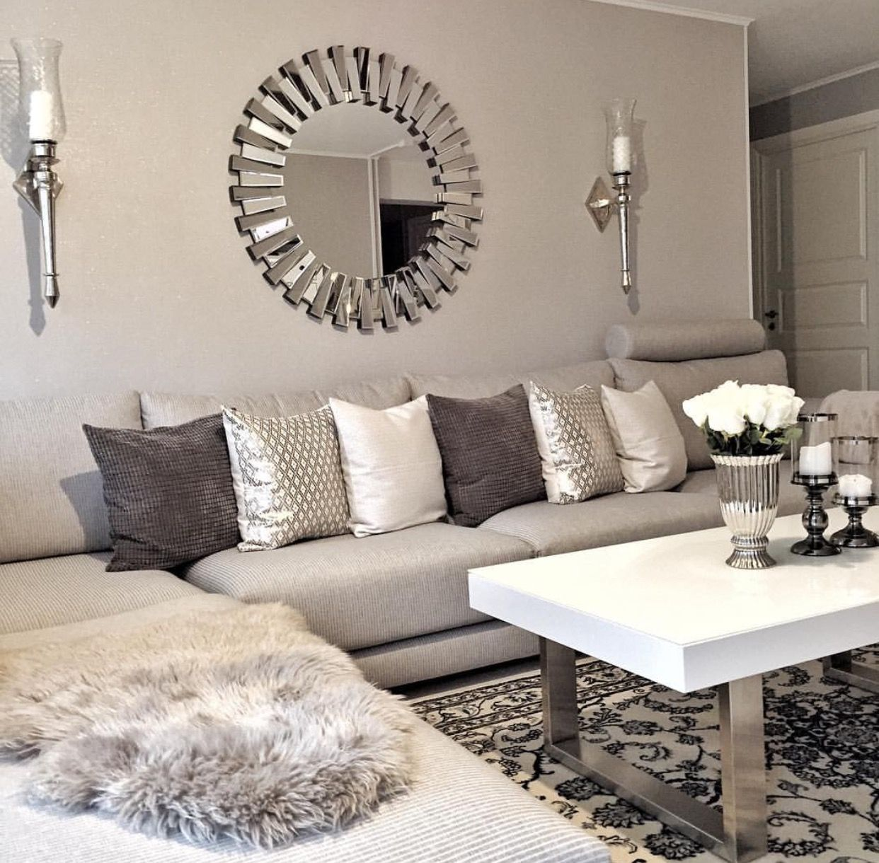 25 Swoon Worthy Glam Living Room Decor Ideas: Pin By Swoon...Are You Worthy? Jewelry Co. On Decor Dujour