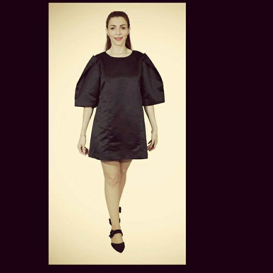 Always dress well but keep it simple. Black dress You can order via whatsapp 00971-56-5630020