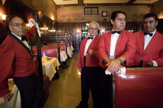 Musso And Frank Grill Oldest Restaurant In Los Angeles Located In Hollywood