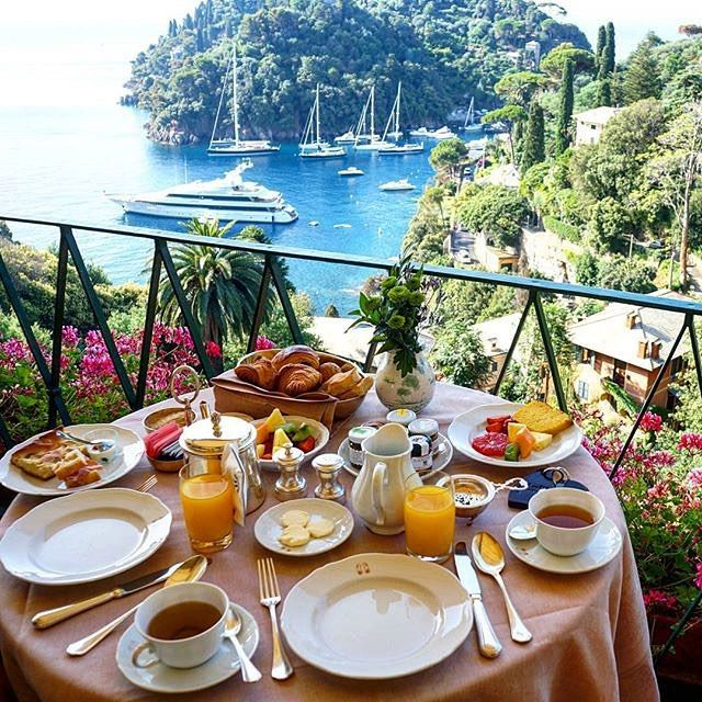 Quite possibly the most beautiful place for breakfast.