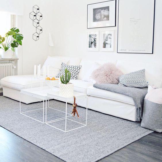 10 effektivste m glichkeiten um ihr wohnzimmer hervorzuheben wei e sofas wohnzimmer ideen. Black Bedroom Furniture Sets. Home Design Ideas