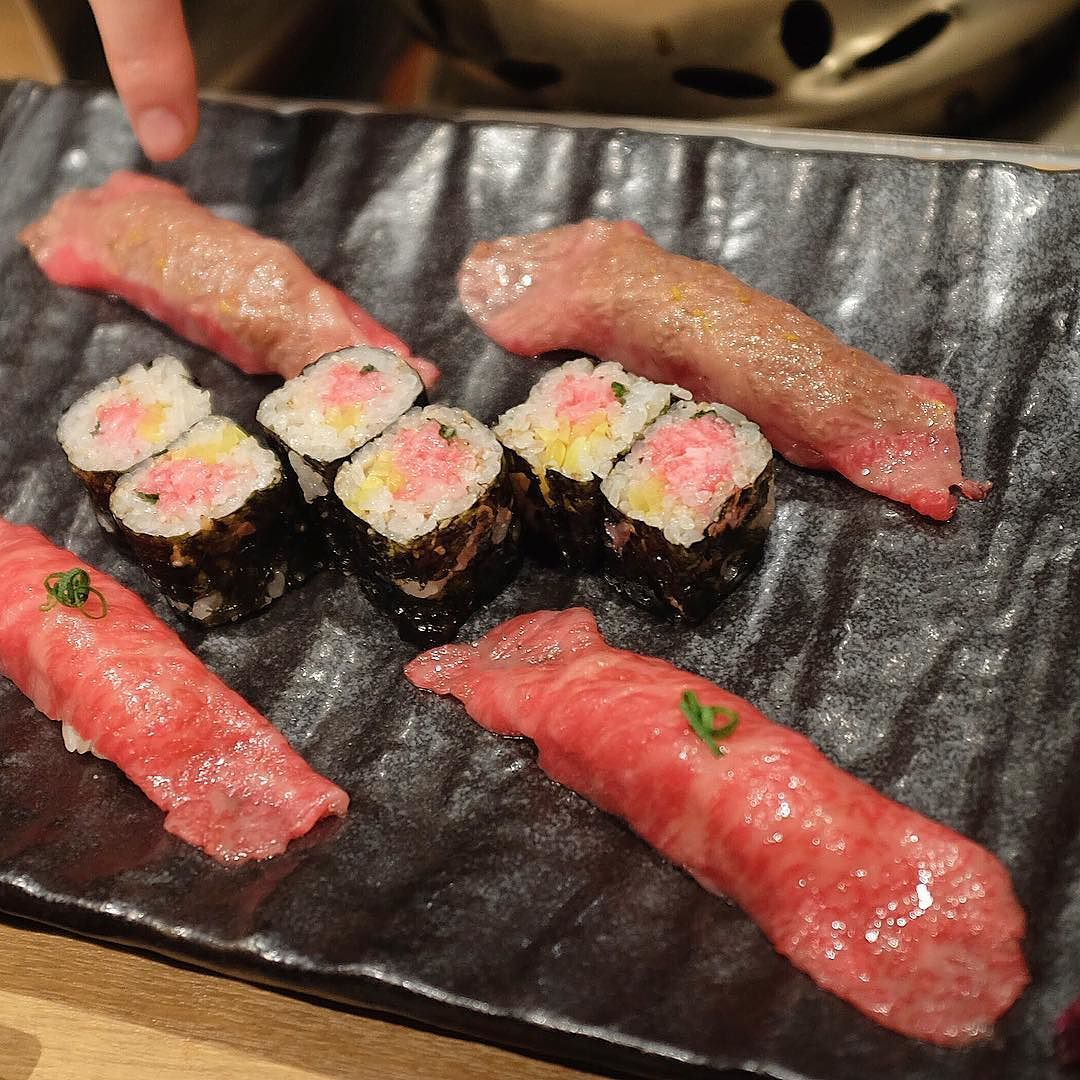 Wagyu Threesome: Torched Rolled & Raw At Sumibiya Yakiniku Nakahara Tokyo Japan  #wagyu #yakiniku #sushi #aburi #torched #sushi #maki #beef #nakahara #Tokyo #Japan  #foodporn #Foodstagram #instafood #gyu #와규 #스시 #마끼 #야끼니꾸 #아부리 #도쿄 #일본 #맛집 #먹스타그램 #맛스타그램 #고기 by dxbcshin