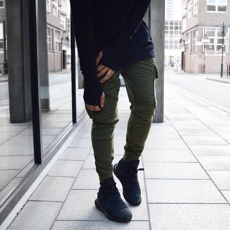 pantalon homme serré en bas