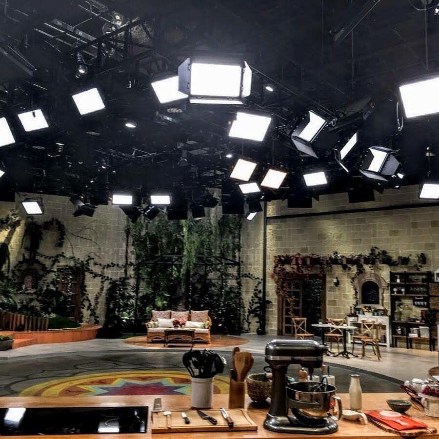 Image result for broadcast light grid   Cinematic lighting, Light grid,  Stage lighting