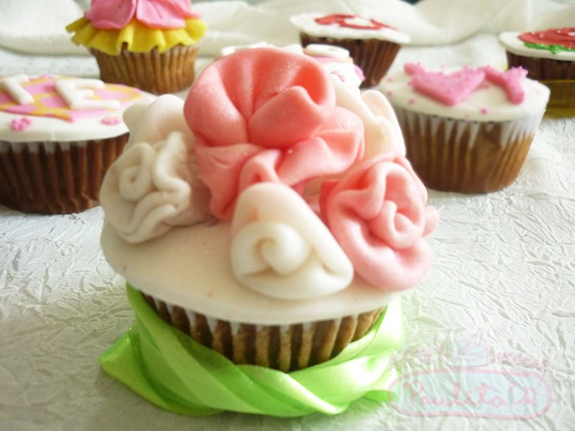 Cupcakes para las ocasiones más especiales.  Cursos en www.paulitas.com