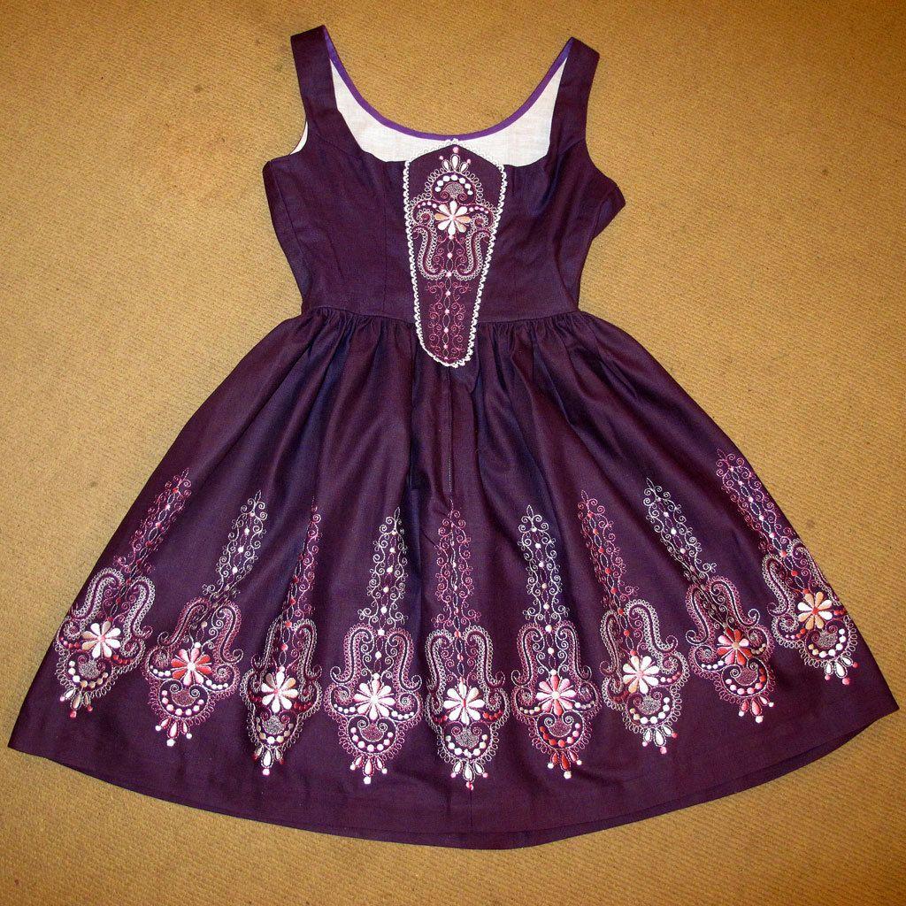 Vintage Wedding Dresses Kingston: Embroidered Dirndl Bavarian German Dress Traditional