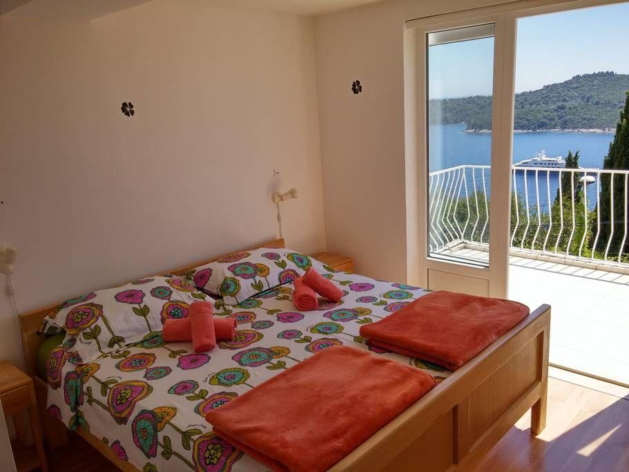 Economy apartment Stanka near the beach & lighthouse 4+2