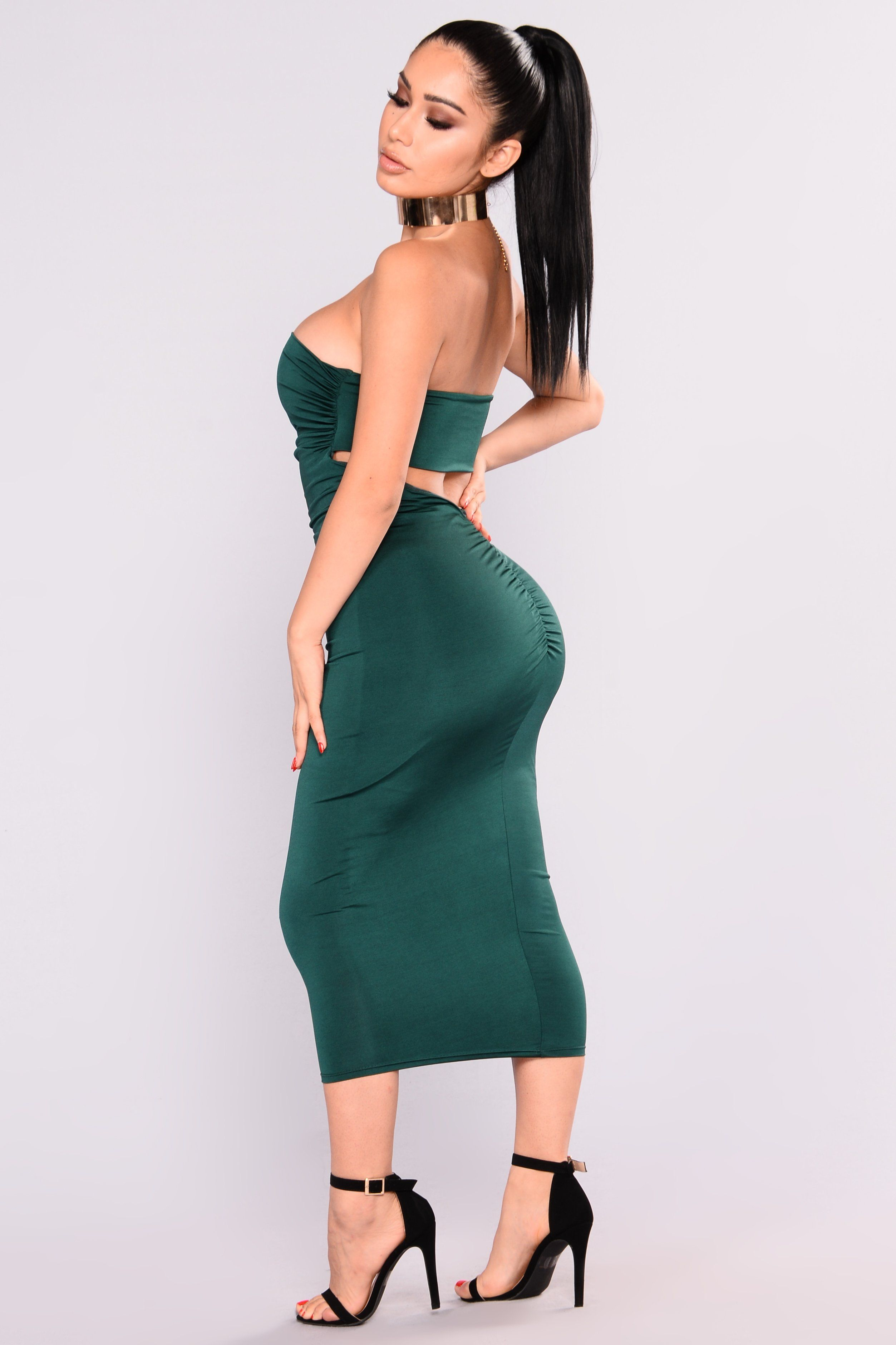 630ba0b6ccd8 Available In Cognac And Hunter Green Strapless Midi Dress Ruched Detailing  Open Back Design Shell: 96% Polyester 4% Spandex Lining: 100% Polyester  Made In ...