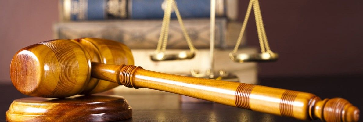 advocatenbelastingkundigen Expert witness, Law books
