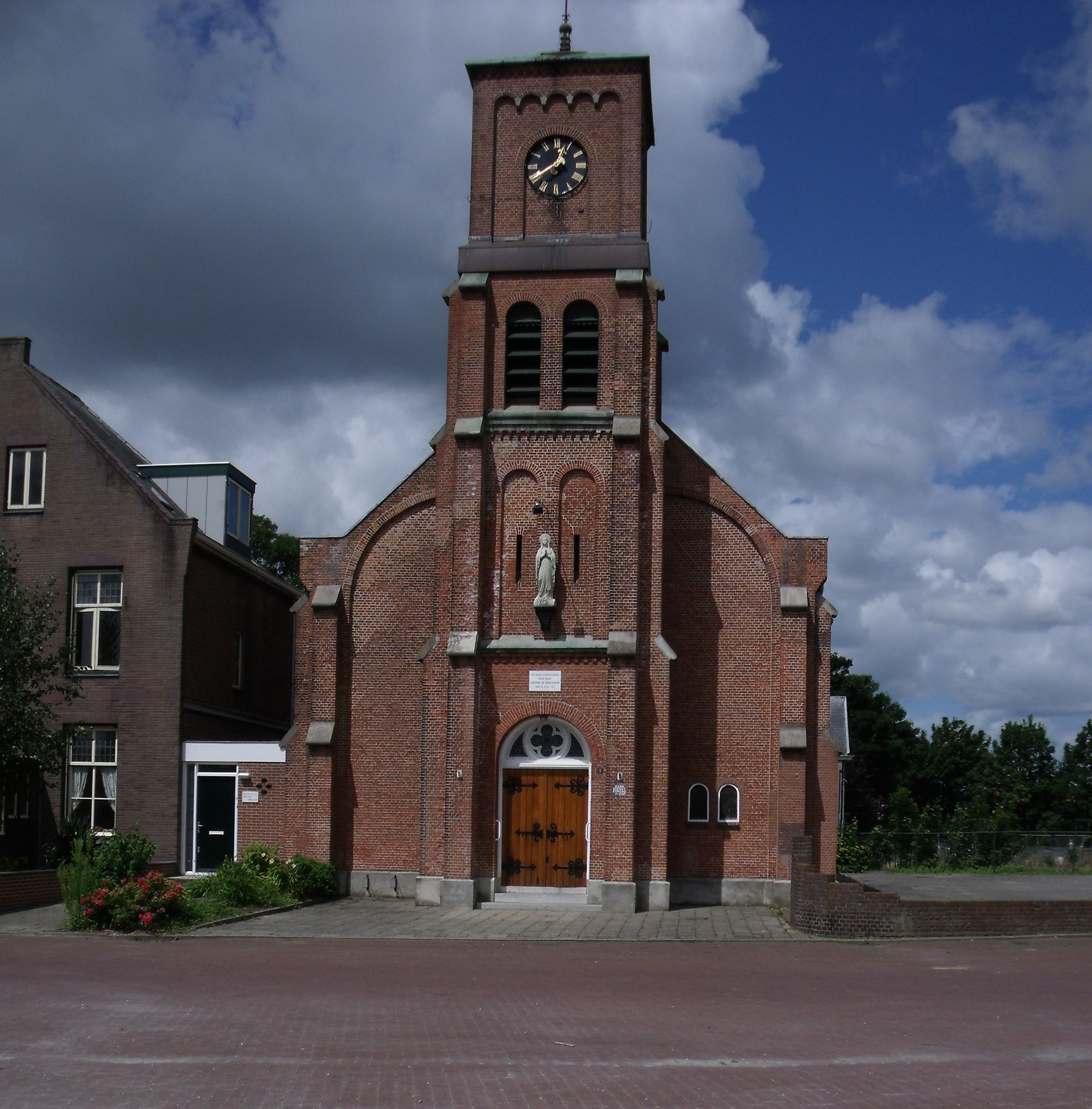 R.K. kerk Hansweert