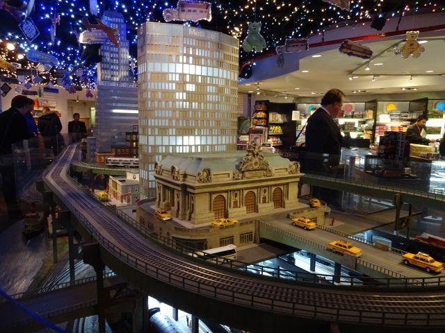 Model Trains At Grand Central Terminal Com Imagens
