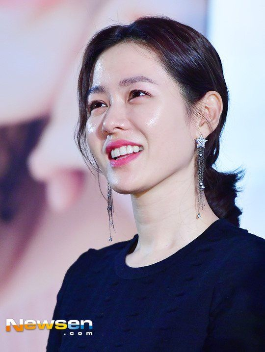 South Korean actress Son Ye-jin poses on the red carpet