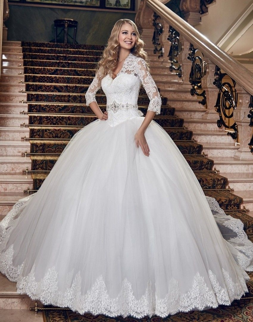 The most expensive wedding dress  Pin by Lucy on Matrimonio  Pinterest  Fashion