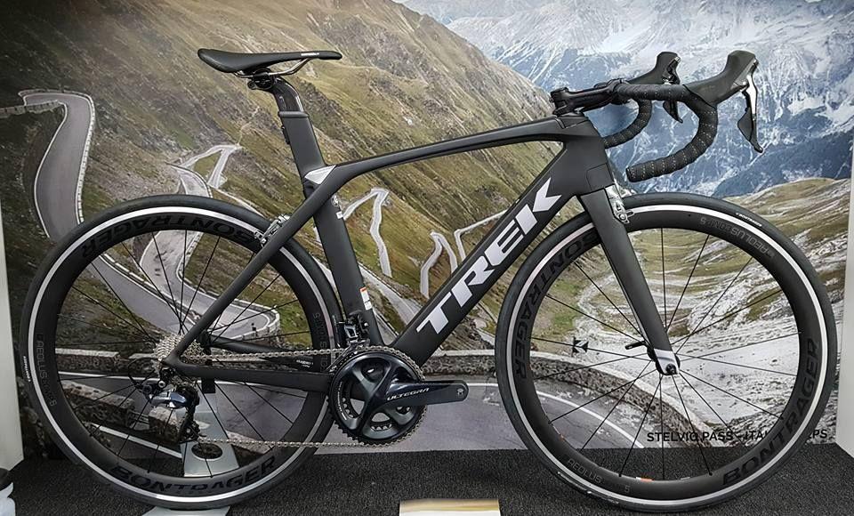 852b5ea4969 Ready to roll, Trek Madone 9.0. FAST. #teamcycles #trek #bike ...