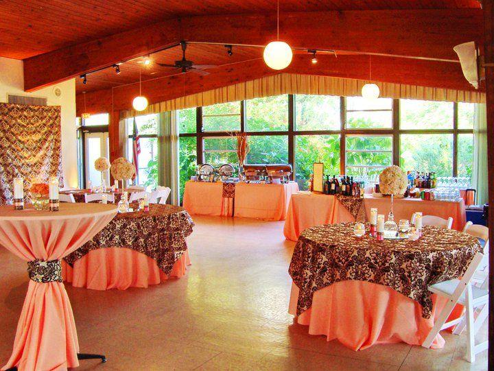 Peach Wedding Theme Sarasota Garden Club And Tail Party Reception Flowers