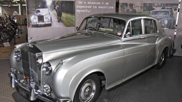 Top 8 James Bond Cars Ever Rolls Royce Cars Movie Bond Cars