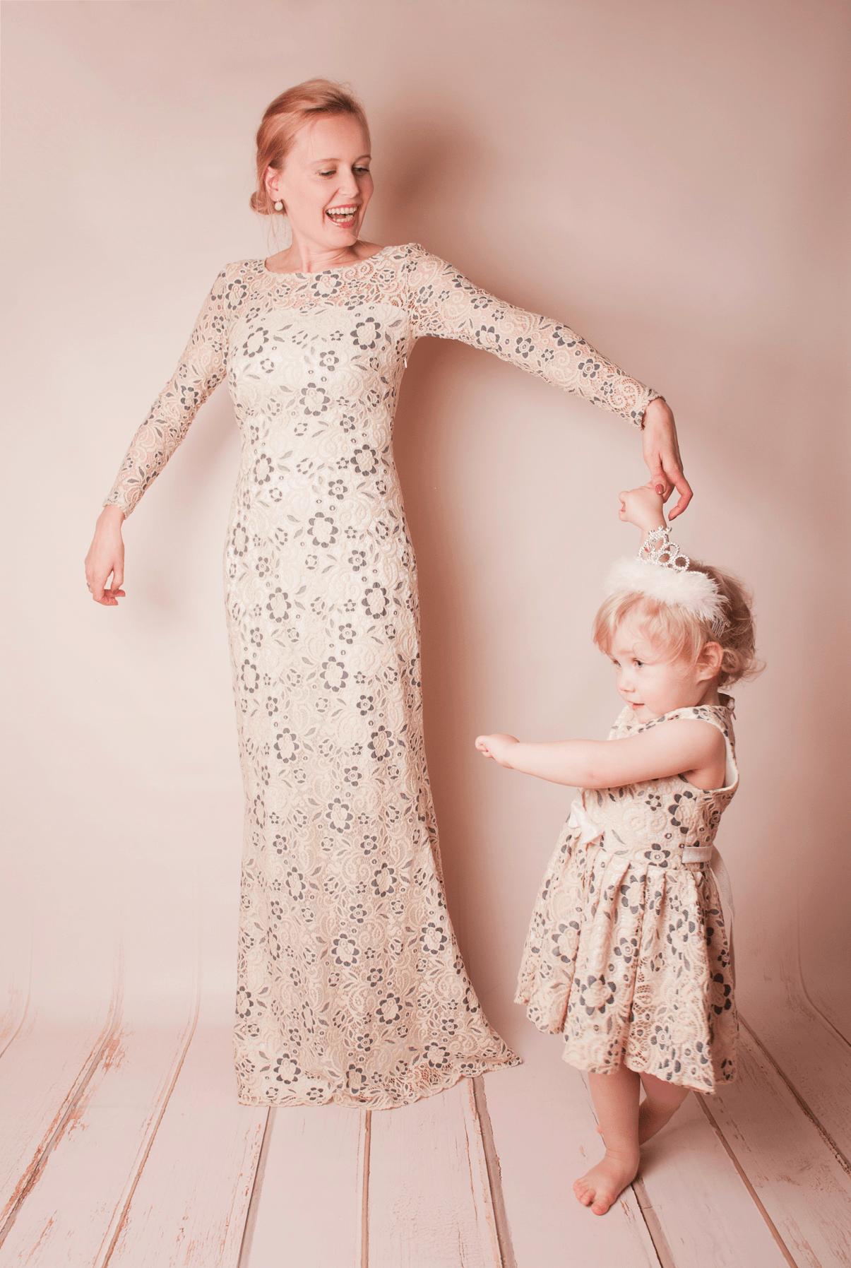 Hochzeit mit Kind: Brautkleid für Mama und Tochter – Inspiration